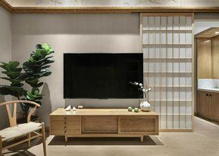 105㎡原木日式风电视背景墙装修效果图