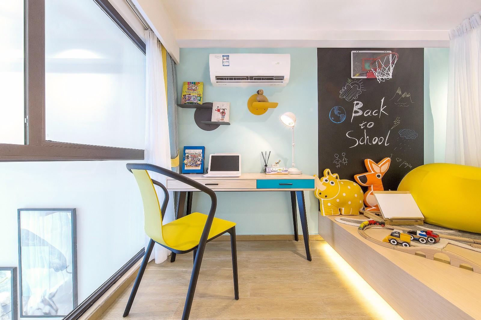 62平米小复式儿童房装修效果图