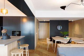 简约原木风公寓餐厅装修效果图