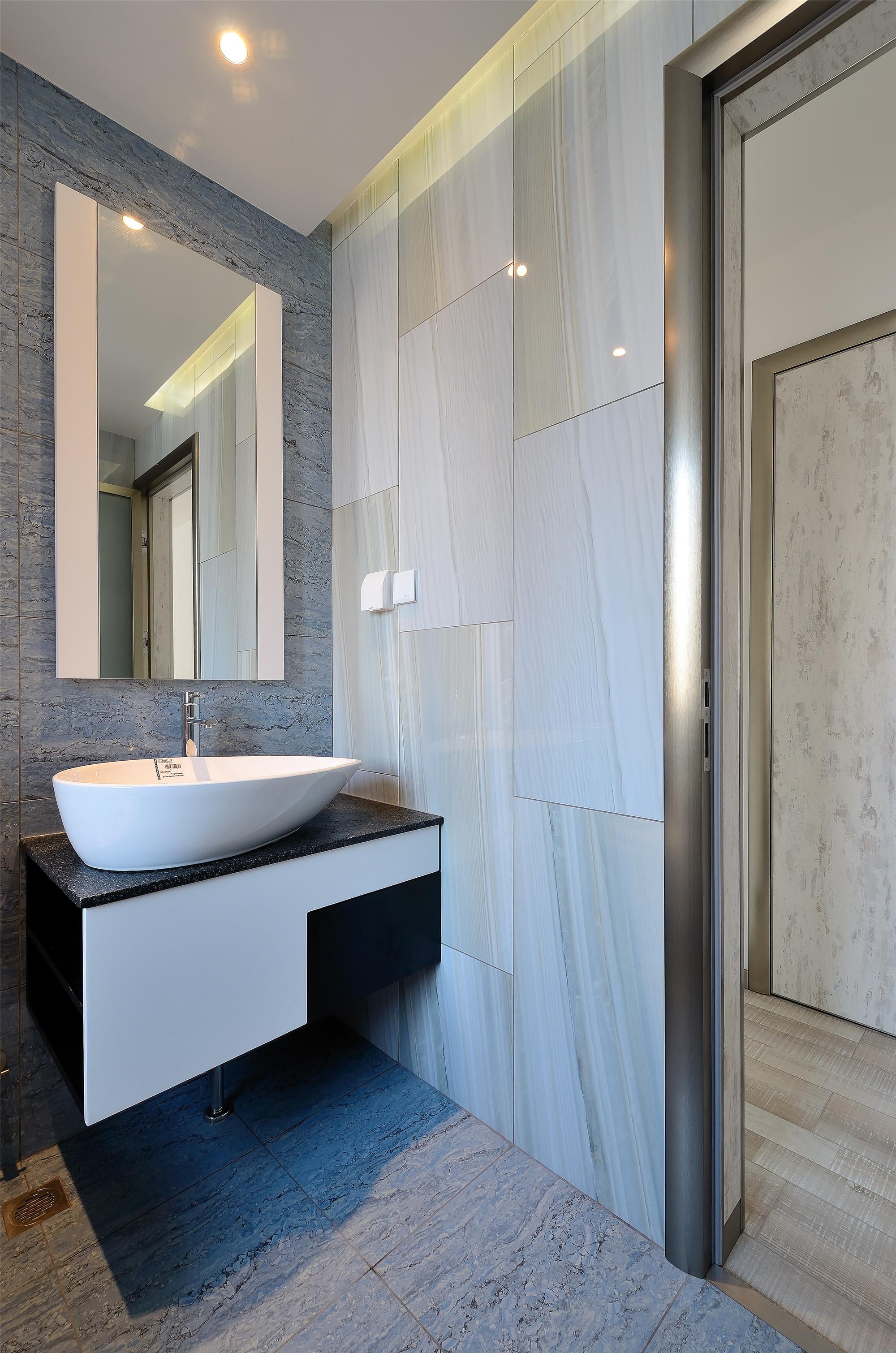 简约风格三居室洗手台装修效果图