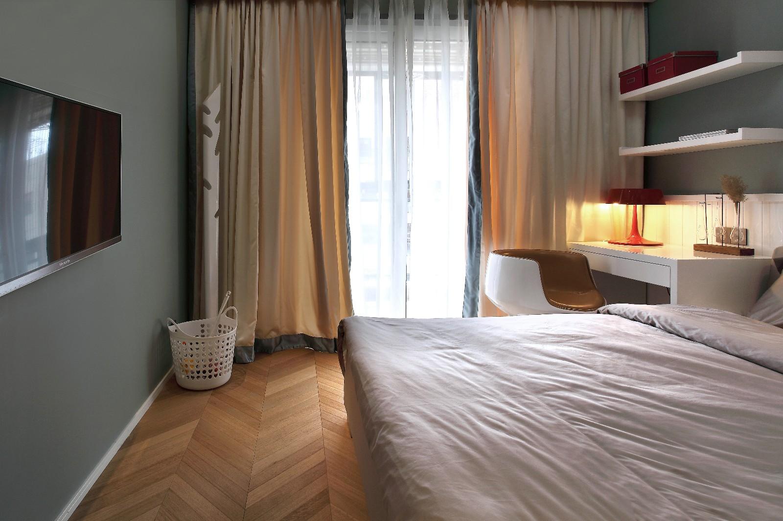 142㎡现代简约风格卧室窗帘装修效果图