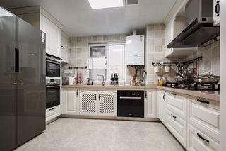 140平美式风格厨房装修效果图