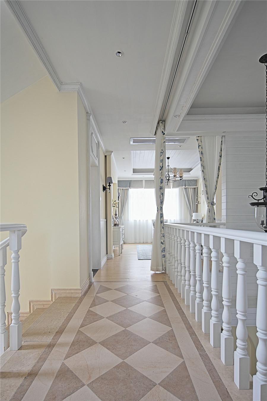 地中海风格别墅走廊装修效果图