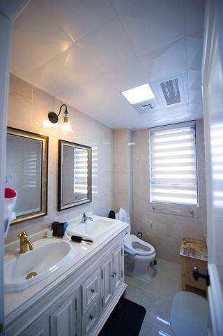 三居室美式风格卫生间装修设计图