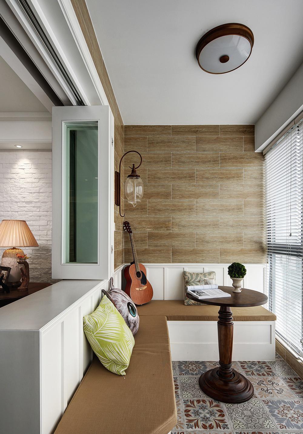 美式风格三居室阳台卡座装修效果图