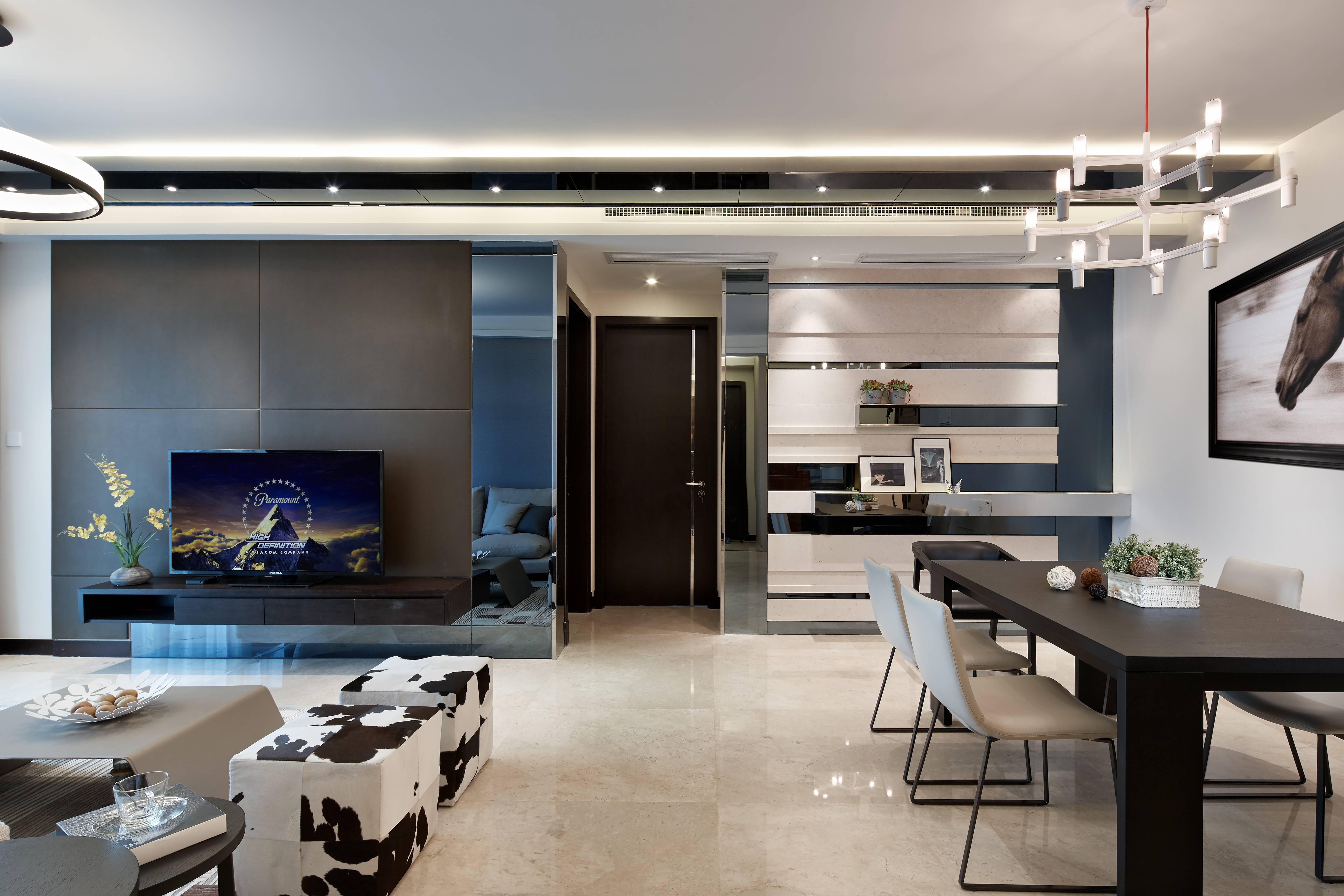140平现代三居室客餐厅过道过道装修效果图