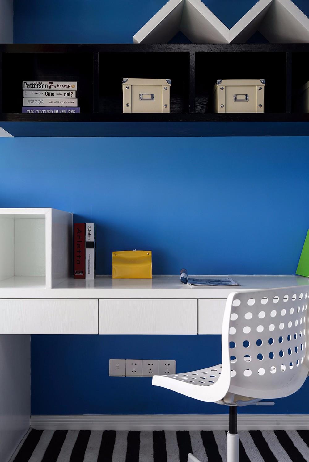 混搭风格三居室书桌装修效果图