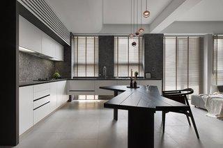 165平米现代风格厨房装修效果图