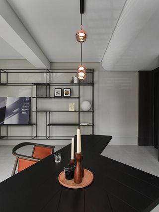 165平米现代风格装修餐桌设计图