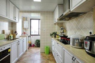 128平美式风格厨房装修效果图