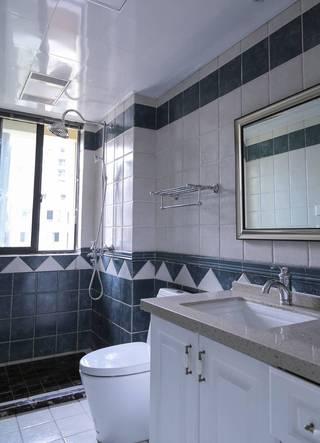 三居室简约美式卫生间装修效果图