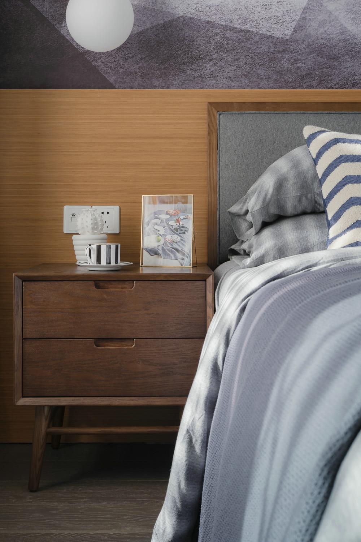 北欧风三居装修床头柜设计效果图