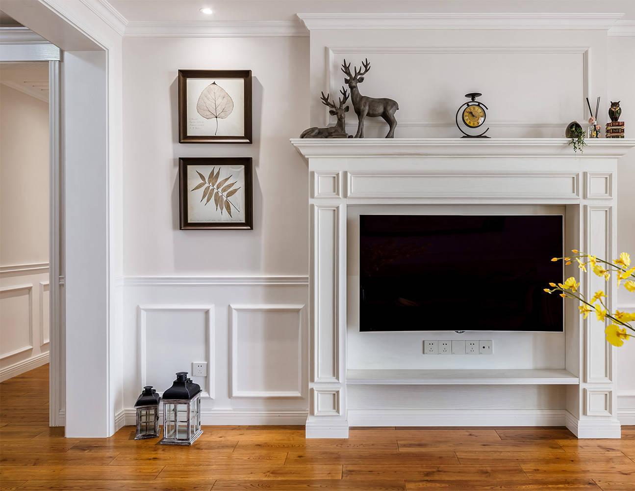 美式风格三居电视背景墙装修设计效果图
