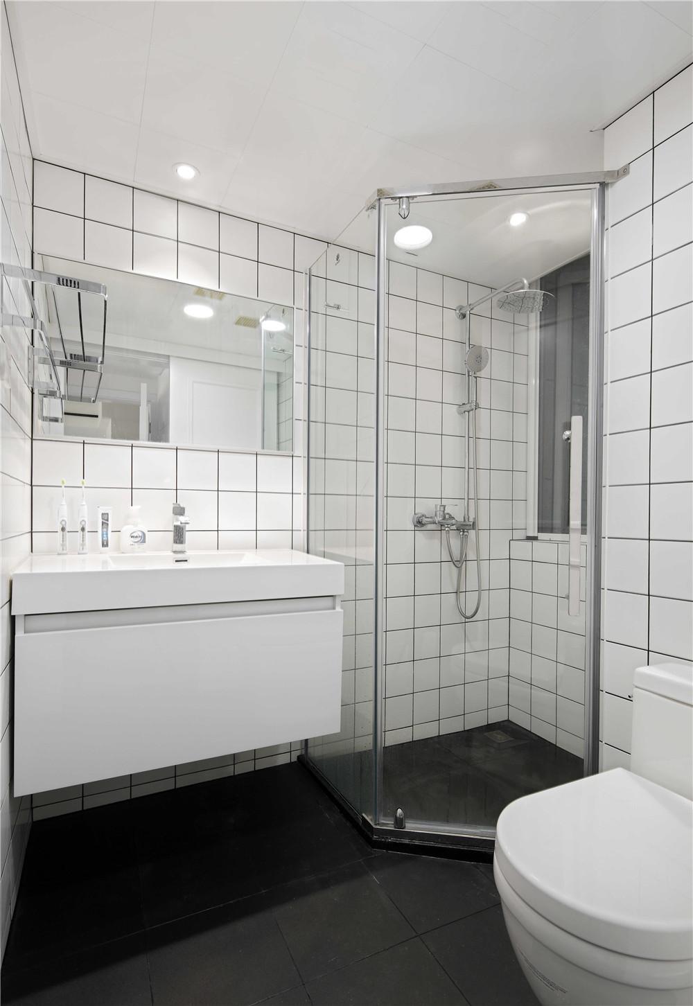 白色北欧风二居卫生间装修效果图