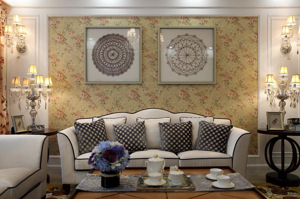 英式田园风格四居沙发背景墙装修效果图