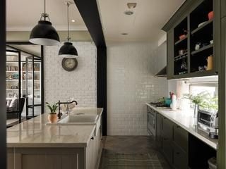 轻美式混搭风格厨房装修效果图