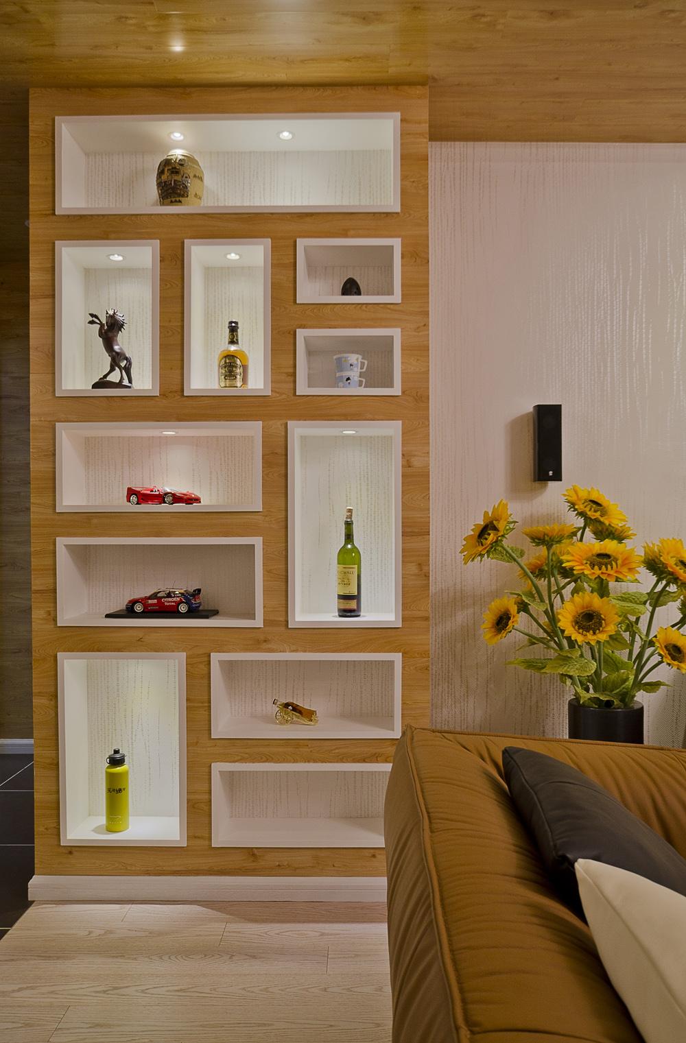 130㎡现代简约风格装修展示柜设计图