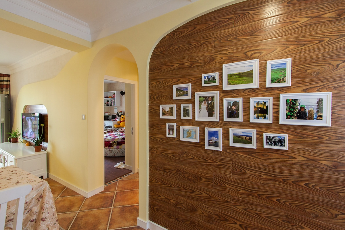 田园风格二居室照片墙装修效果图