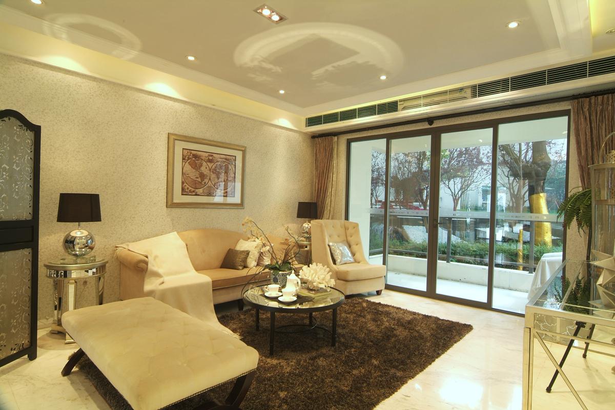 大户型简欧风格沙发背景墙装修效果图