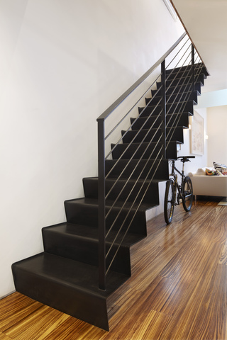 小户型复式公寓楼梯装修效果图