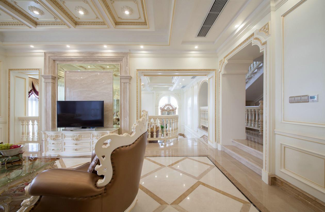 法式豪华别墅电视背景墙装修效果图