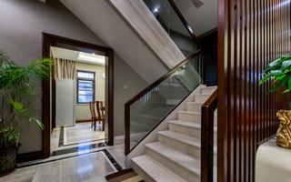 中式风格别墅楼梯装修效果图