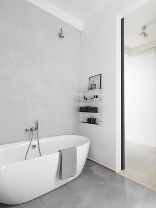 简约现代公寓卫生间装修效果图