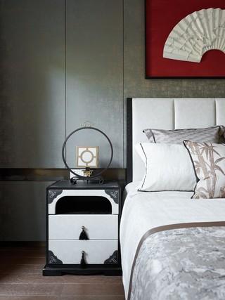 新中式风格别墅装修床头特写