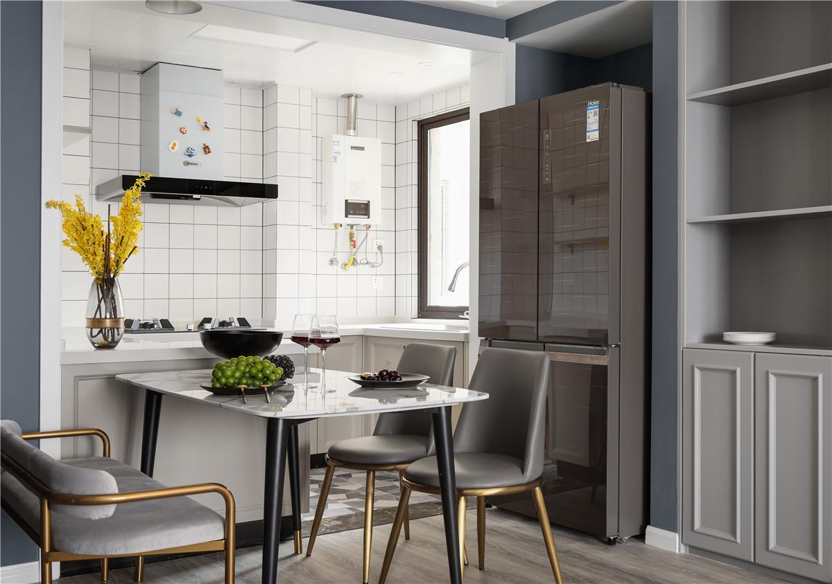 89m²两居室餐厅装修效果图
