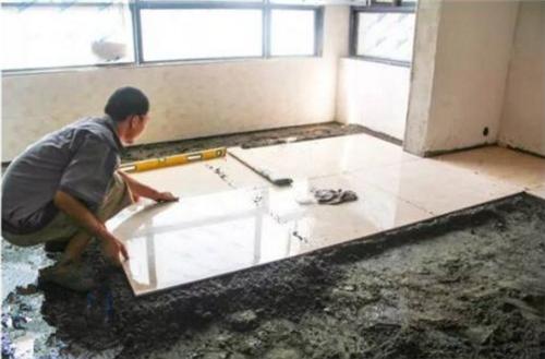 一般地板砖怎么贴