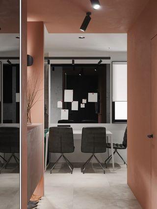 小户型公寓玄关装修效果图