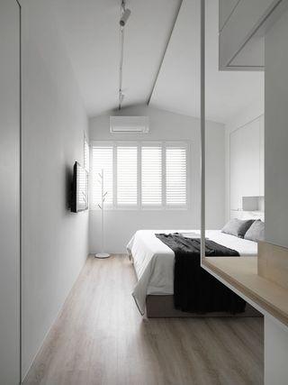 白色简约风卧室装修效果图