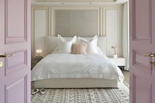 大户型现代法式卧室装修效果图