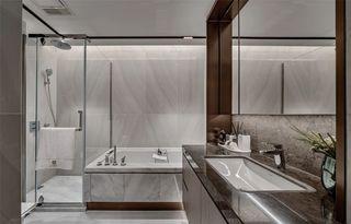 大户型现代轻奢卫生间装修效果图
